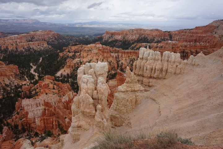 hoodoos & trails