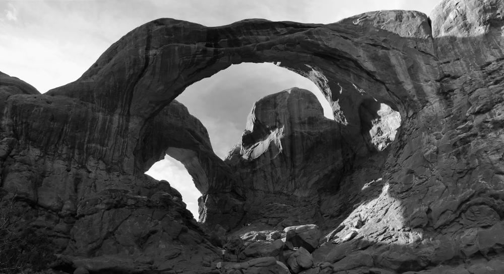Double Arch BW