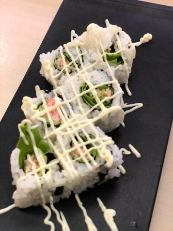 salad sushi