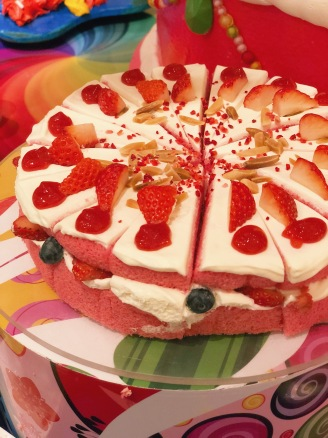 Stawberry layer cake